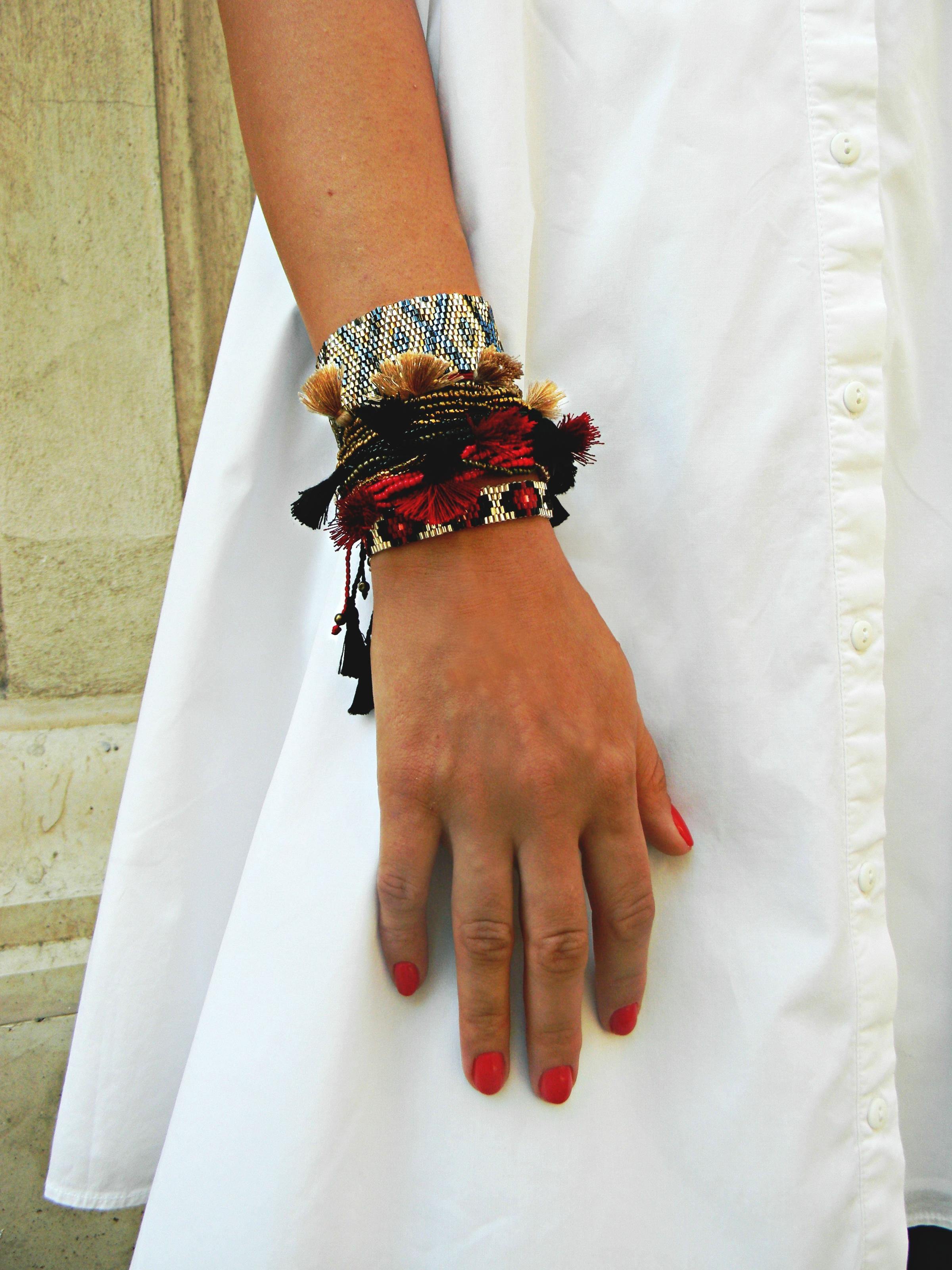 raluca - detaliu accesorii Bon Biijou