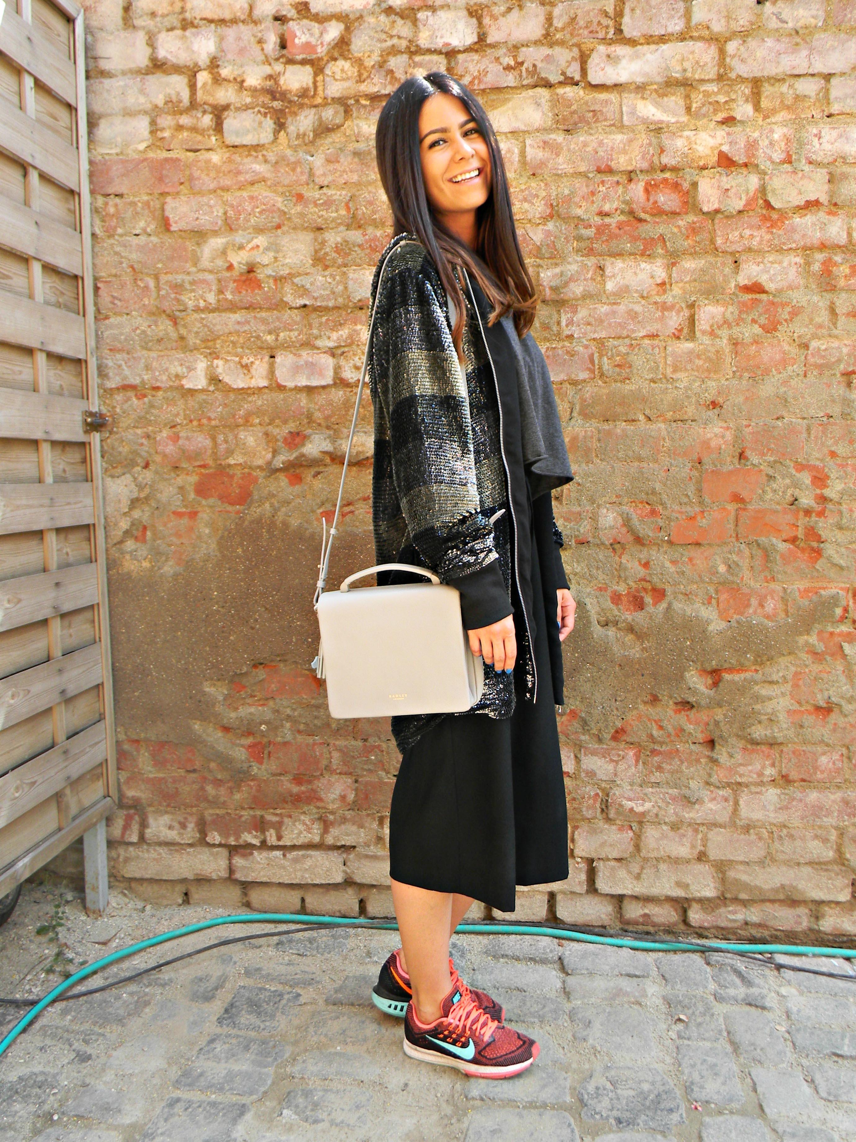 Ioana Vasii, street style report